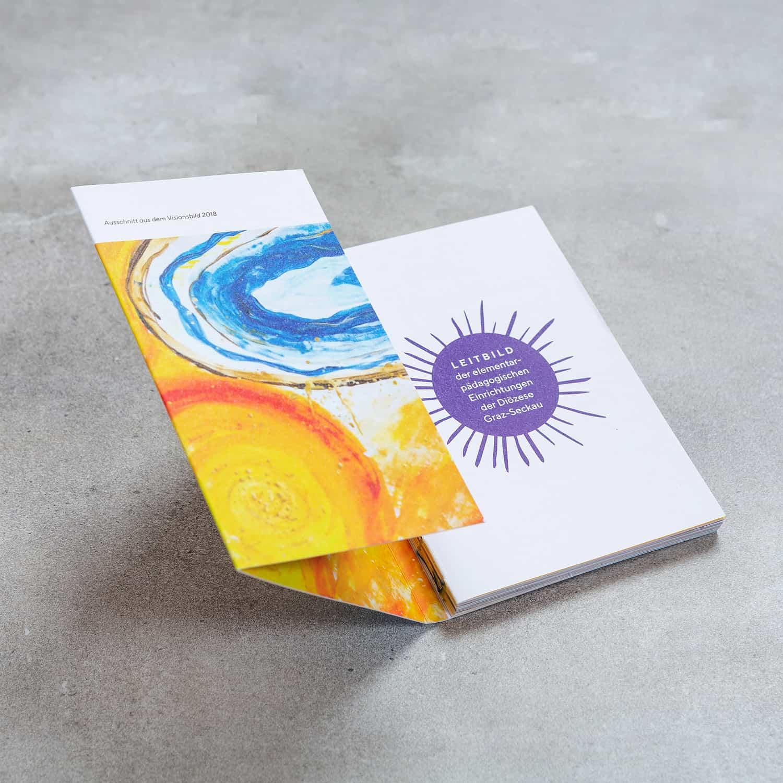 Elementar Pädagogik - Imagebroschüre von Bösmüller